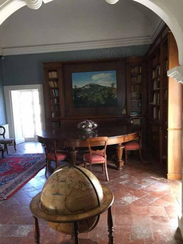 Castello Carafa Biblioteca 1
