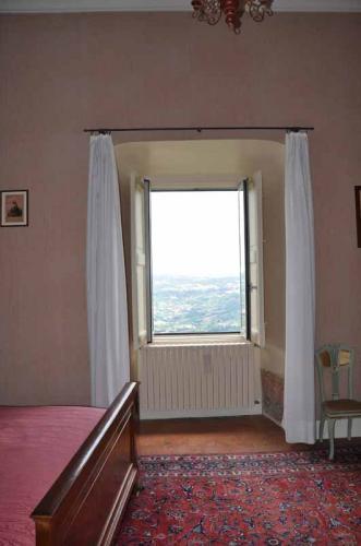Castello Carafa Camera bella vista 3